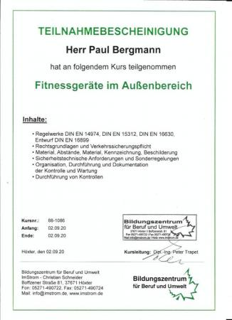 Prüfung von Fitnessgeräten im Außenbereich