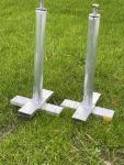 Einbauanker für Bolzplatztore zum Setzen in erdfeuchten Beton (1Satz/Set=2 Stück)